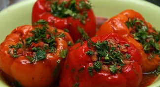 Как приготовить фаршированный перец с мясом и рисом в мультиварке