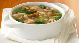Как приготовить традиционный грибной суп