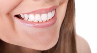 Как быстро вылечить заеды в уголках рта
