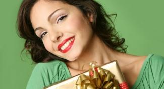 Почему мужчина не дарит подарки и как исправить ситуацию