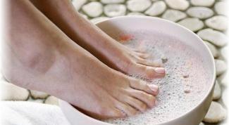 How to treat nail fungus at home