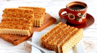 How to make cake from waffle cakes