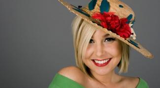 Как украсить соломенную шляпу цветком из ткани