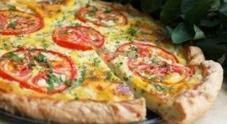 Быстрый творожный пирог с сыром и помидорами