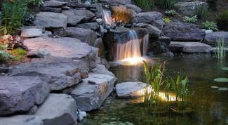 Какую подсветку сделать для садового водоема