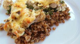 Как приготовить курицу с гречкой в духовке