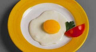 Как приготовить яичницу. 5 вкусных рецептов