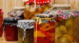 Is it necessary to sterilize jars for winter preparation?