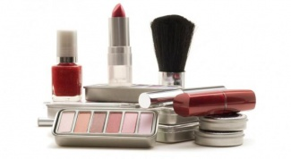 Как покупать косметику в интернет-магазинах?