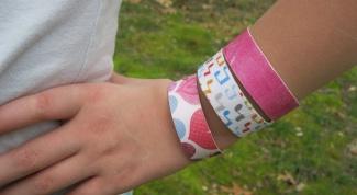 Модный аксессуар - браслет из палочки от мороженого