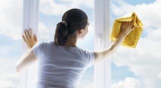 Как правильно мыть стеклянные поверхности?