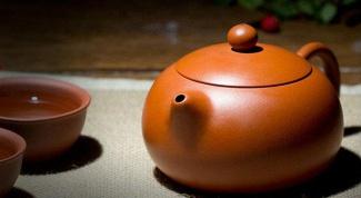 Как ухаживать за глиняными чайниками?