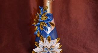 Как украсить бутылку шампанского атласными лентами