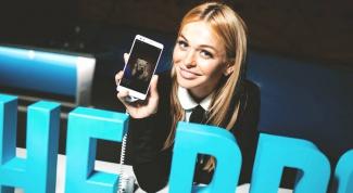 В России стартуют продажи смартфона Honor 7 со встроенным сканером отпечатков пальцев и сервисами компании Mail.Ru Group