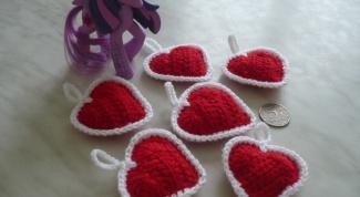 Сердечки, связанные крючком