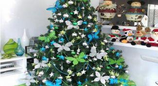 Как красиво украсить елку