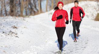 Какими физическими упражнениями заниматься зимой