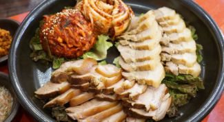 Свиная грудинка по-корейски Боссам (Bossam)