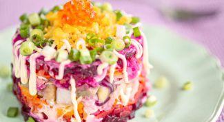"""Как приготовить салат """"селедка под шубой"""" с икрой и семгой"""