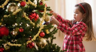 Как украсить елку на Новый год 2017 вместе с ребенком