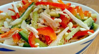 """Как приготовить легкий салат """"Крабик""""?"""