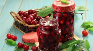 How to make jam from cherries with pits