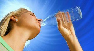 Как вывести воду из организма: эффективные советы