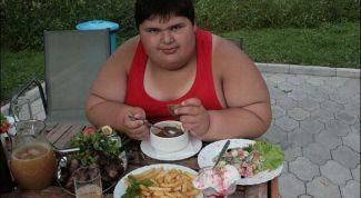 Как спасти ребенка от ожирения?