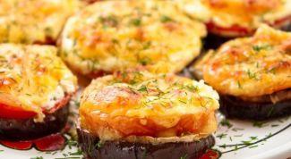 Домашний рецепт запеченных баклажанов под сыром