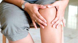 Боли в коленях: причины и лечение народными средствами