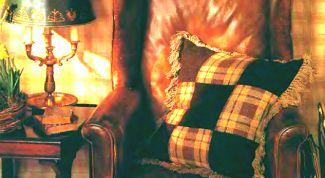 Как сшить подушку из лоскутков