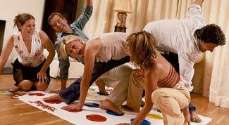Игры для взрослых за новогодним столом