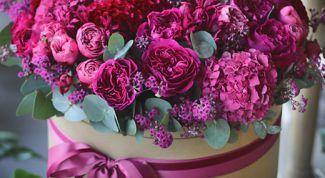Как собрать цветы в шляпной коробке