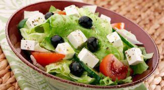 Как сделать самые быстрые и вкусные салаты на Новый год