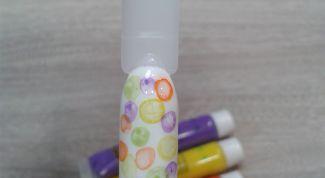 Как акриловыми красками на ноготках нарисовать мыльные пузыри