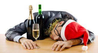Какие народные средства помогают от новогоднего похмелья