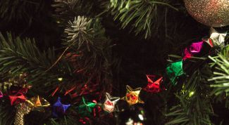 Как сделать гирлянду на елку из звездочек-оригами