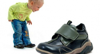 Orthopedic shoes for children, whether to wear