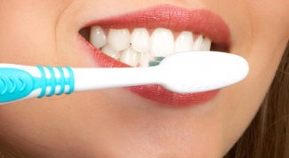 Why you should not too often to brush your teeth