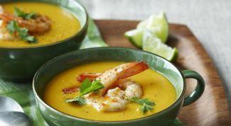 Как приготовить сырный суп с креветками и морковью