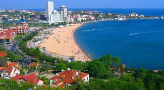 Курортная зона Бэйдайхэ – лучшее место для демократичного отдыха на море
