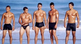 Как ведет себя мужчина на пляже
