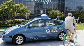 Гугломобиль на дороге