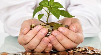 Финансовые эксперты: куда вложить деньги в апреле