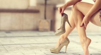 High heel: what is more important, beauty or health?