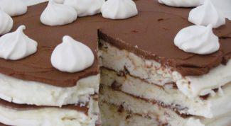 Coconut cake-meringue with coffee cream and mascarpone