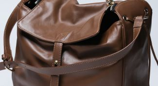 How to care for leather bags