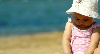 Как обезопасить ребенка от солнечного удара?
