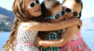 Как выбрать солнцезащитные очки для ребёнка