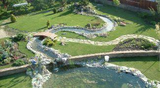 How to create an artificial stream in the garden